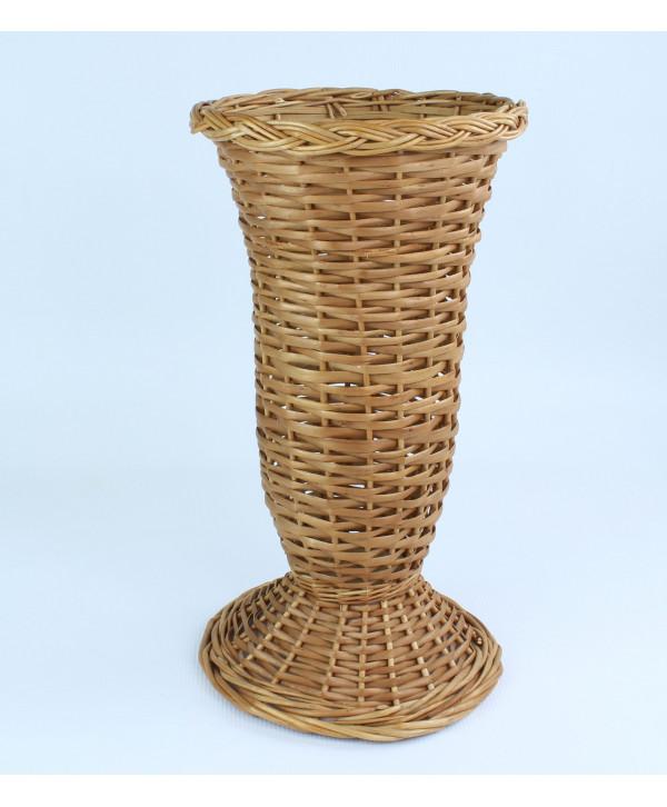Prútená váza